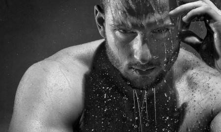 Four Surprising Health Benefits Of Cold Showers