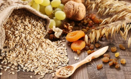 Five Great Reasons To Eat More Oatmeal