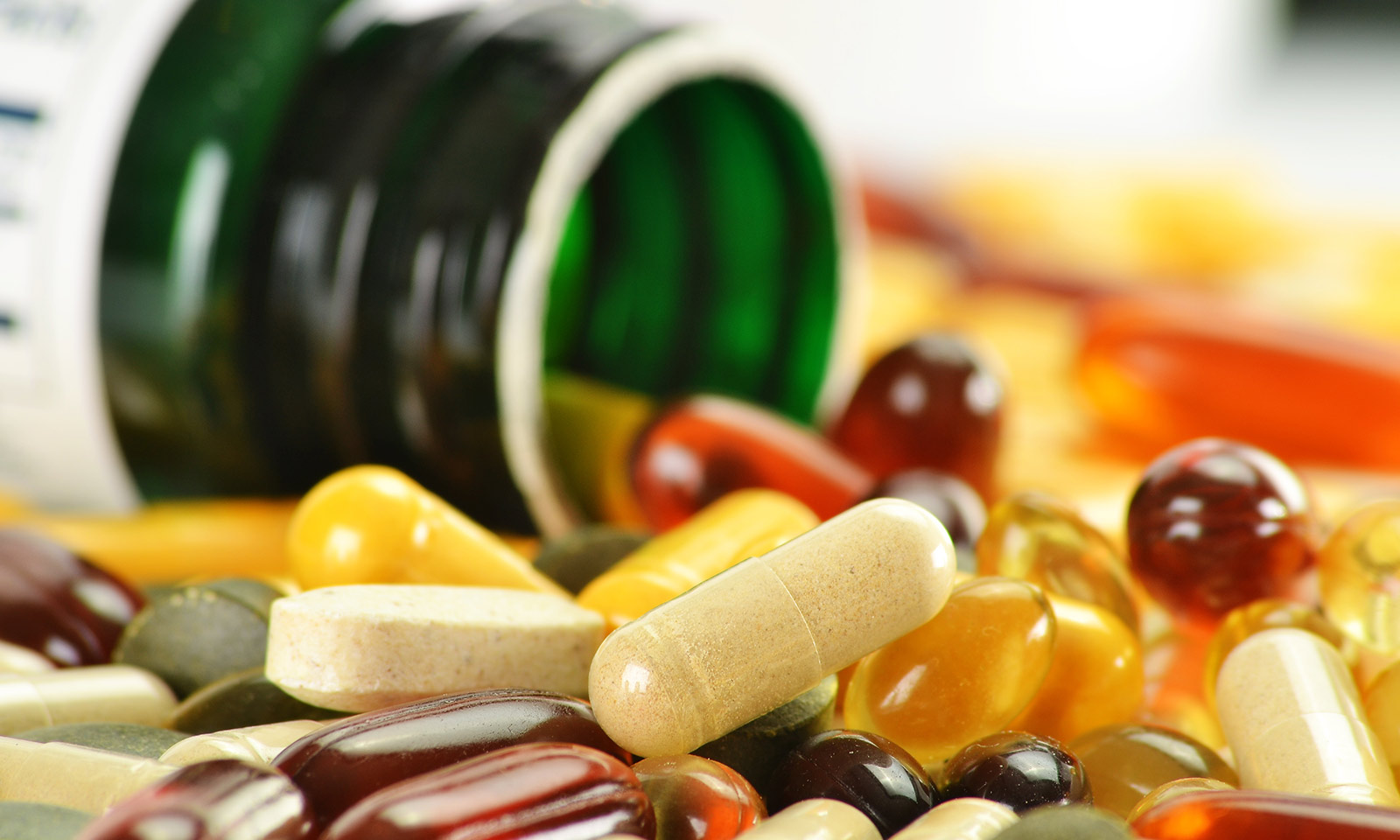 Common-Myths-Surrounding-Vitamin-Supplements